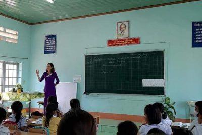 SHCM tháng 3 tại điểm trường K Plang