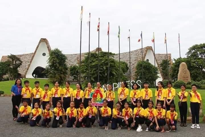 Em Trâm Anh Mlô Liên Đội TH Ngô Gia Tự tham dự Đại Hội cháu ngoan Bác Hồ cấp tỉnh năm học 2019-2020